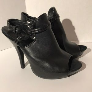 Matiko Beautiful Black Leather Heels, Sz 7.5